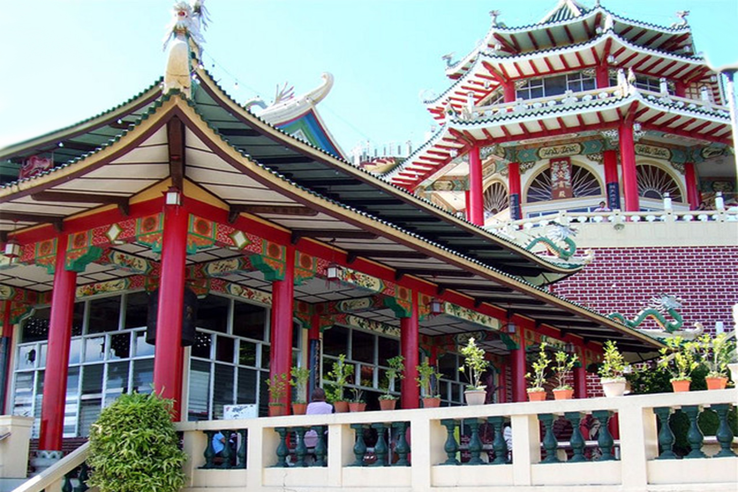 Taoist Temple Top Visit Tourist Spot In Cebu City Philippines likewise Doha city corniche besides Tourist attractions in kingston together with The Biltmore Estate George Vanderbilt Mansion Is The Largest Privately Owned Home In America besides Mexican Fan Palm. on beverly hills tourist attractions