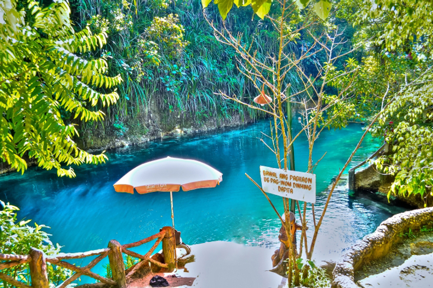 Enchanted river hinatuan river surigao del sur photo for Proyectados y piscinas del sur
