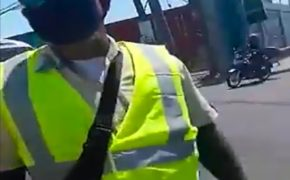 Viral Now: A Enrage Traffic Enforcer Threatens To Kill The Rider-Know More Here
